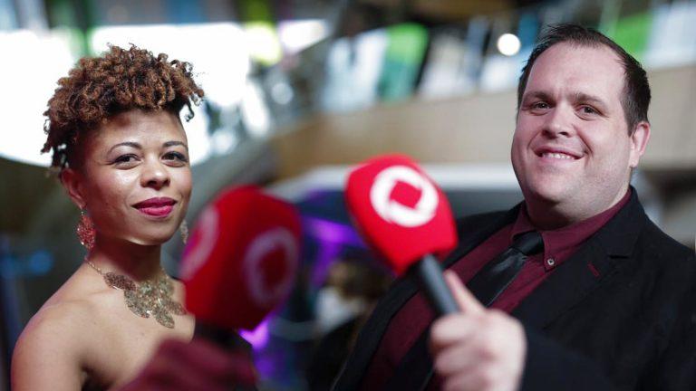 Mathilde Hountchégnon et Mathieu Fortin coanimeront à nouveau le tapis rouge du Gala des prix Trille Or.